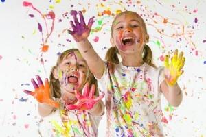 crianc3a7as-pintando