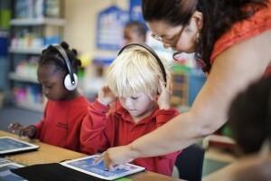 Manuais escolares eletrónicos